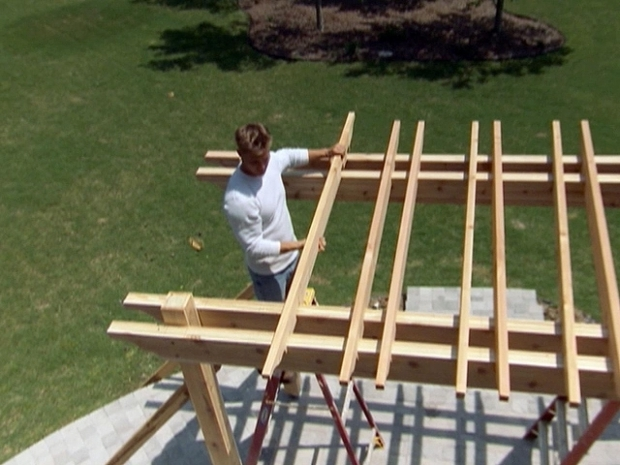 Outstanding How To Build A Garden Pergola How To Build A Garden Pergola How Tos Diy