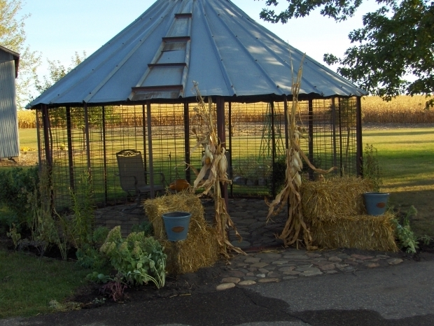 Gorgeous Wire Corn Crib Gazebo Corn Crib Gazebo Fall Decorating Pinterest Outdoor Ideas