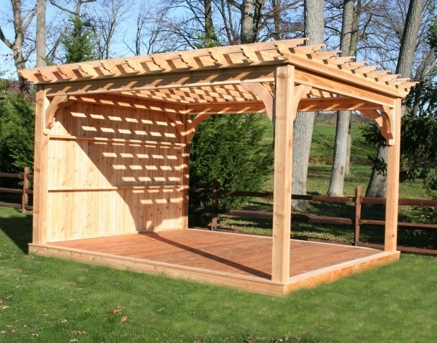 How to build a freestanding pergola on a deck pergola for Diy free standing pergola