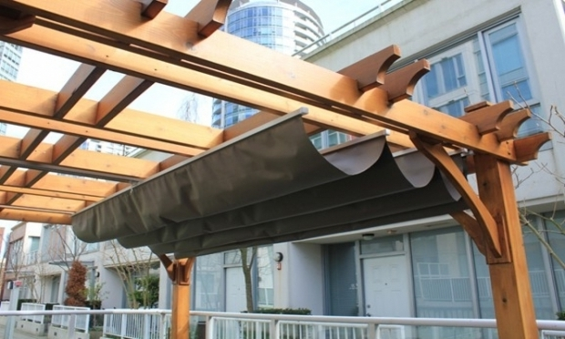 Stunning Pergola With Retractable Shade Canopy Diy Decor Cool Playhouses Design Ideas With Diy Retractable Pergola